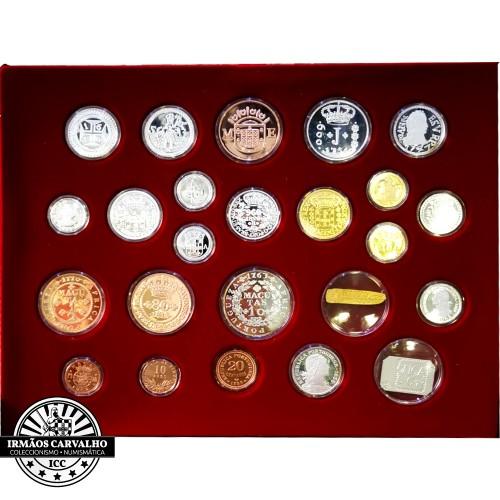 """Colecção de Medalhas em Prata """"Moedas Históricas"""""""
